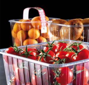 cesta frutas con agujeros